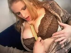 Big boobs blond tryies new sex toys