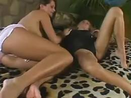 Lezzie pussy gets licked and massaged